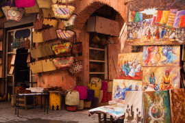 Marrakech-Visite-de-la-Medina-Souks-boutique